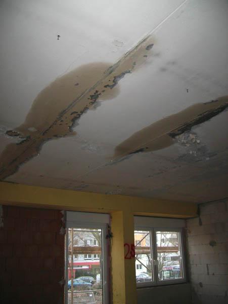 Wasserschaden, Haus 3